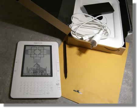 amazon-kindle-2-unboxed-ebook-reader-3